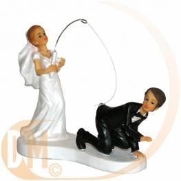 Couple de mariés à la pêche