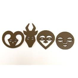 Confettis de table bois foncé thème masque africain