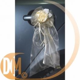 Décoration de voiture: fleur en organza