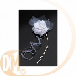 Rose blanche pour voiture de mariage