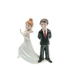Couple de mariés attrape moi